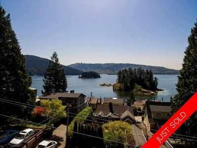 Deep Cove House for sale:  3 bedroom 2,756 sq.ft. (Listed 2018-10-02)